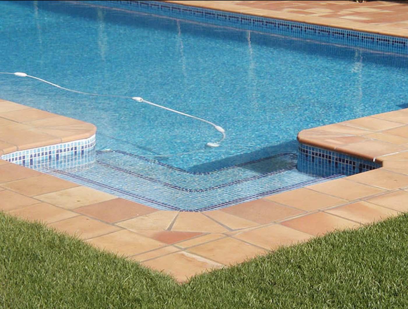 Suelo rústico piscina