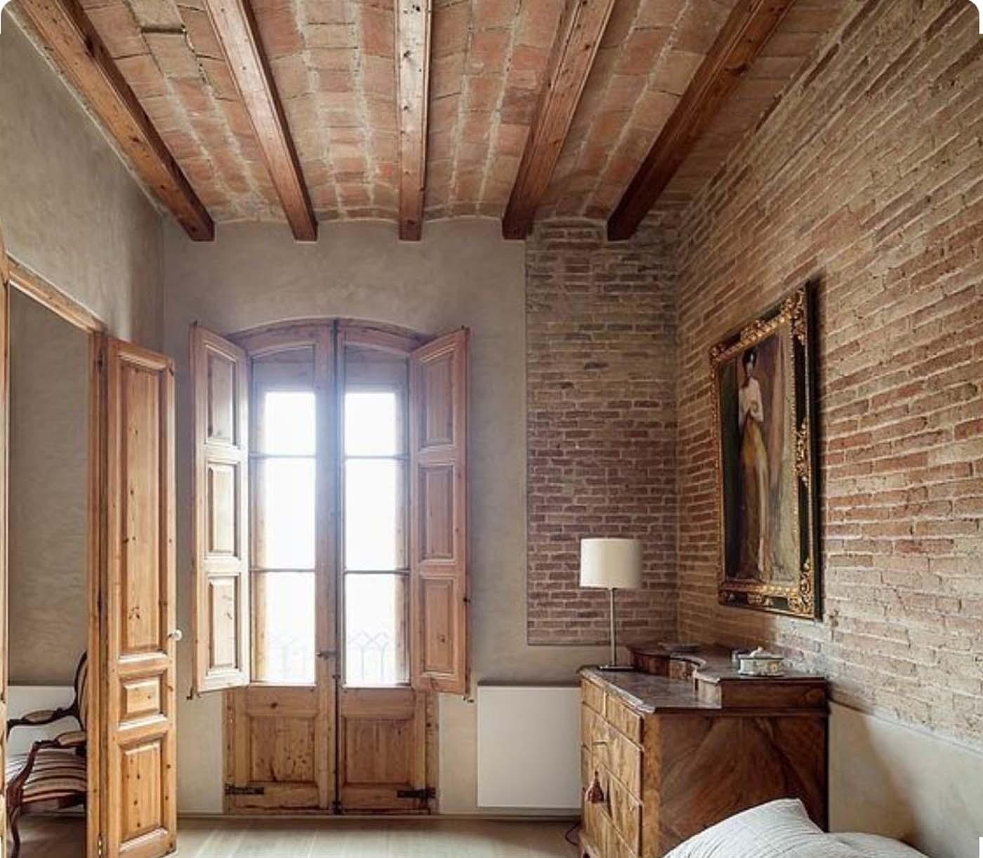 Interior with Arabic brick